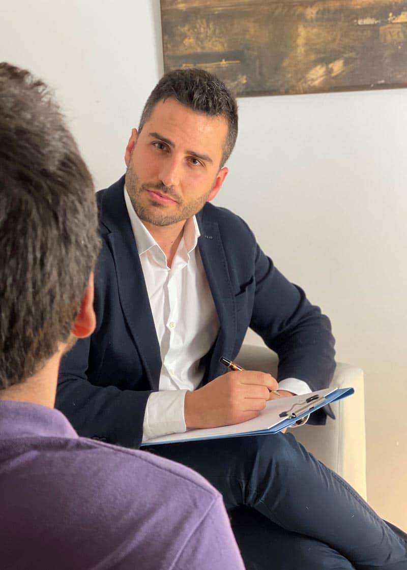 ¿Cómo puedo ayudarte si estás preparando oposiciones en Madrid?